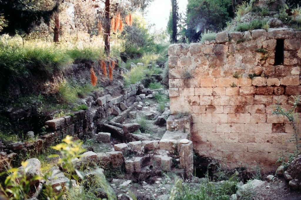 18.01.11.B. ROMAN BATH HOUSE RUINS IN EMMAUS
