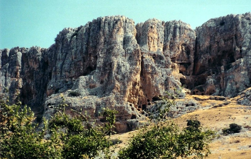 03.05.25.A. THE CAVES OF MOUNT ARBEL